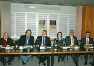 Συνέντευξη τύπου στο Μέγαρο Μουσικής Αθηνών. Από αριστερά: Λυκούργος Αγγελόπουλος, Περικλής Κούκος, Μιχάλης Μακρής, Χαρά Καλομοίρη, Παύλος Τούτουζας, Νικόλας Βαφειάδης.  20-3-2012